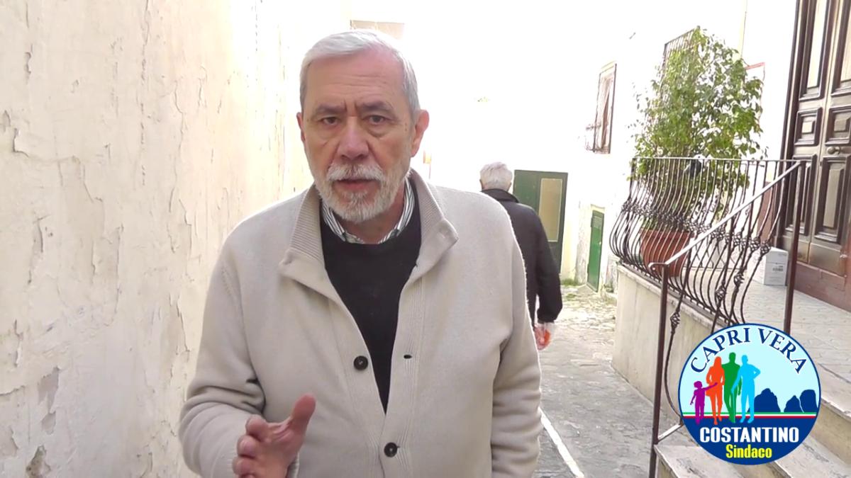 Video – A passeggio nel centro storico di Capri con il candidato sindaco Costantino